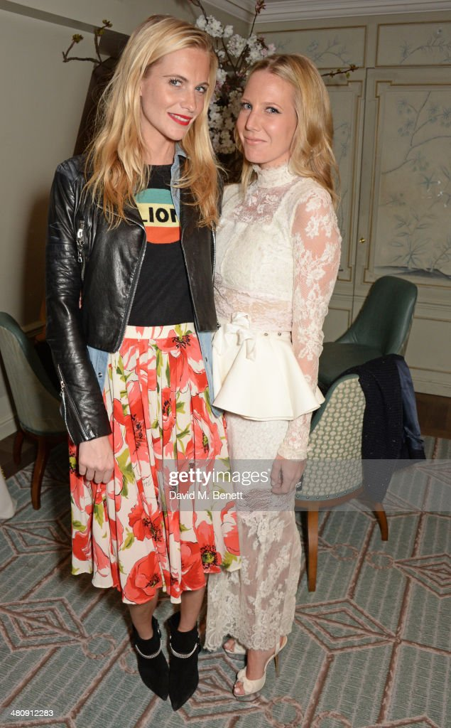 <a gi-track='captionPersonalityLinkClicked' href=/galleries/search?phrase=Poppy+Delevingne&family=editorial&specificpeople=2348985 ng-click='$event.stopPropagation()'>Poppy Delevingne</a> (L) and Alice Naylor Leyland attend the launch of 'Mrs. Alice In Her Palace' hosted by Alice Naylor Leyland at Fortnum & Mason on March 27, 2014 in London, England.