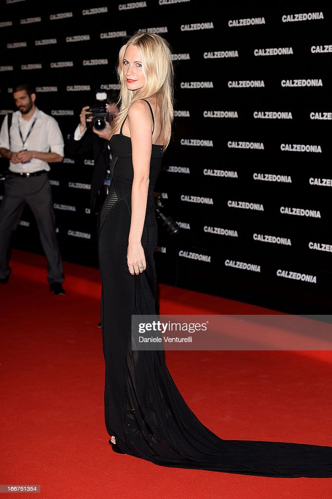Poppy Delevingne arrives at the Calzedonia 'Forever Together' show on April 16, 2013 in Rimini, Italy.