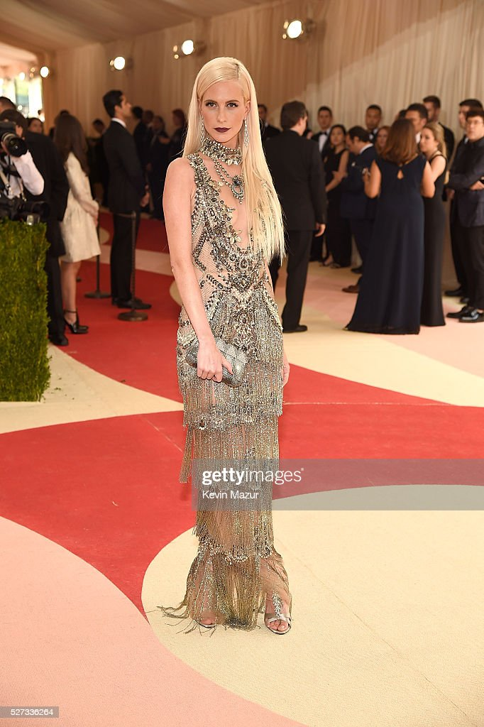 Poppy Delevingne attends 'Manus x Machina: Fashion In An Age Of Technology' Costume Institute Gala at Metropolitan Museum of Art on May 2, 2016 in New York City.