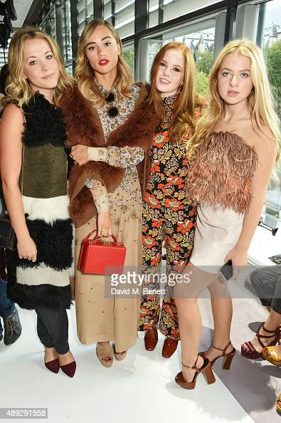 Poppy Jamie Suki Waterhouse Ellie Bamber and Anais Gallagher attend the Topshop Unique show during London Fashion Week SS16 at The Queen Elizabeth II...
