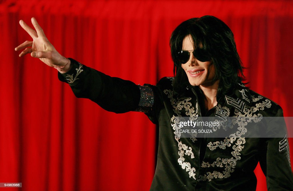 US popstar <a gi-track='captionPersonalityLinkClicked' href=/galleries/search?phrase=Michael+Jackson&family=editorial&specificpeople=70011 ng-click='$event.stopPropagation()'>Michael Jackson</a> addresses a press conference at the O2 arena in London, on March 5, 2009. Pop megastar <a gi-track='captionPersonalityLinkClicked' href=/galleries/search?phrase=Michael+Jackson&family=editorial&specificpeople=70011 ng-click='$event.stopPropagation()'>Michael Jackson</a> announced Thursday he will play a series of comeback concerts in London in July, his first major shows for over a decade. Four years after his infamous child abuse trial, the 50-year-old eccentric singer confirmed he will play 10 gigs at the giant London O2 arena starting on July 8. AFP PHOTO/Carl de Souza