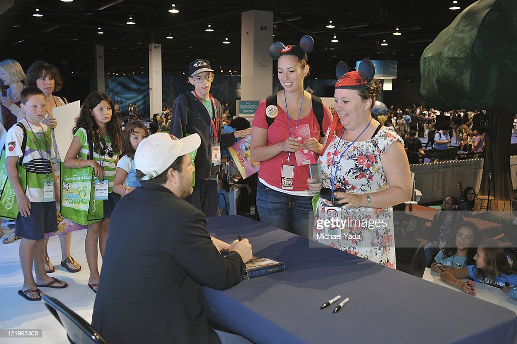 D23 EXPO - Popular character Special Agent Oso and the voice of Oso, Sean Astin from Disney Junior's 'Special Agent Oso,' meets fans at Disney's D23 Expo, the ultimate event for Disney fans at the Anaheim Convention Center in Anaheim, California (August 21). (Photo by Michael Yada/Disney Channel via Getty Images)SEAN