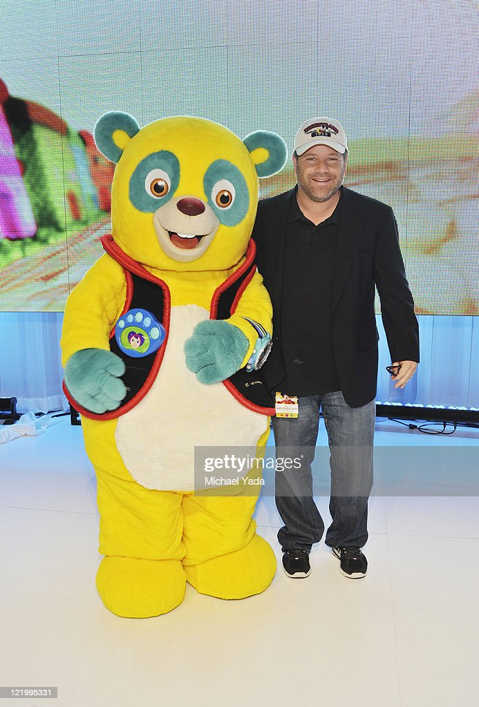 D23 EXPO - Popular character Special Agent Oso and the voice of Oso, Sean Astin from Disney Junior's 'Special Agent Oso,' meets fans at Disney's D23 Expo, the ultimate event for Disney fans at the Anaheim Convention Center in Anaheim, California (August 21). (Photo by Michael Yada/Disney Channel via Getty Images)SPECIAL AGENT OSO, SEAN ASTIN