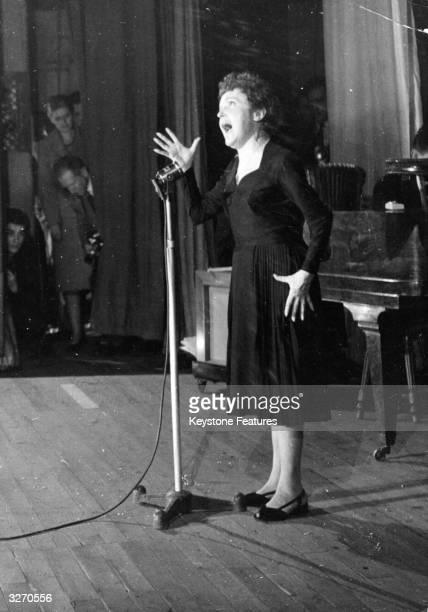 Popular French singer Edith Piaf born Edith Gassion