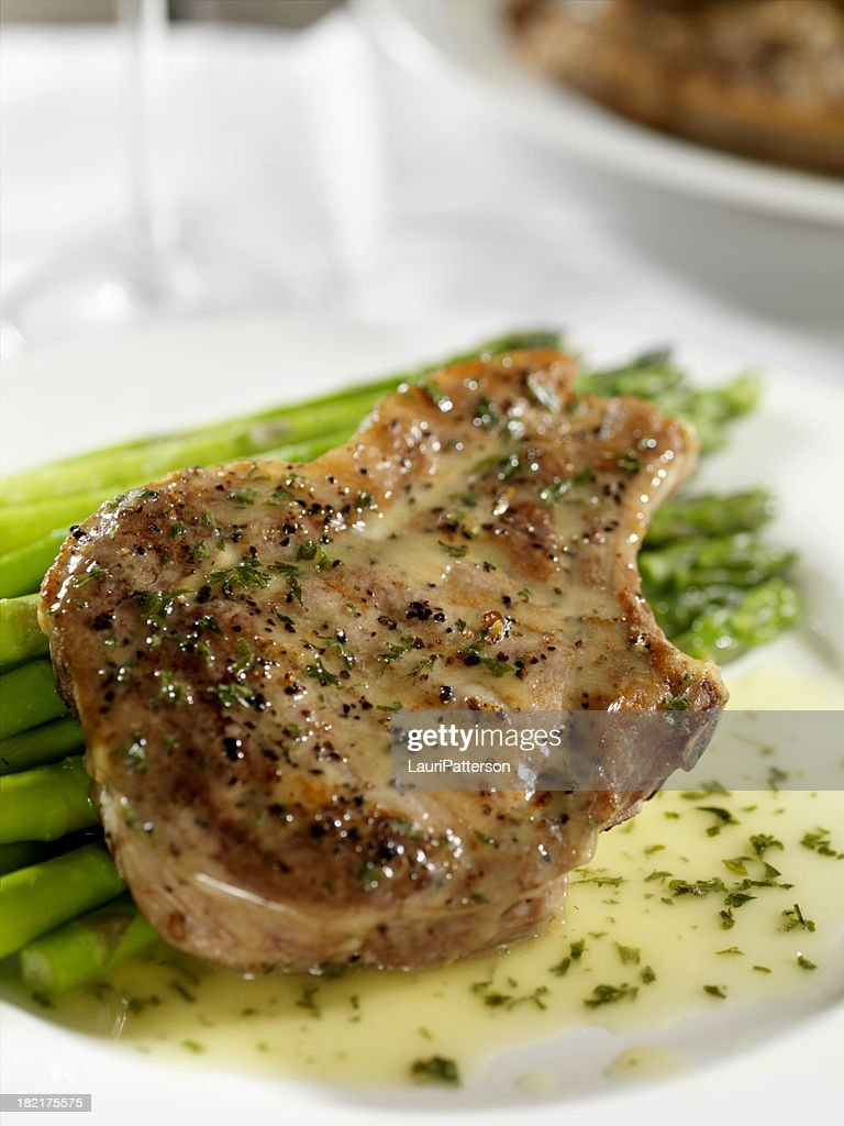 Pork Chops with Asperagus : Stock Photo
