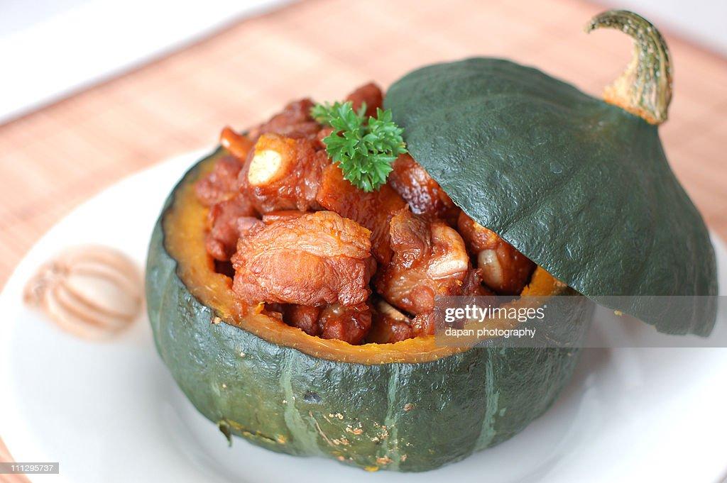 Pork spare ribs in kabocha squash