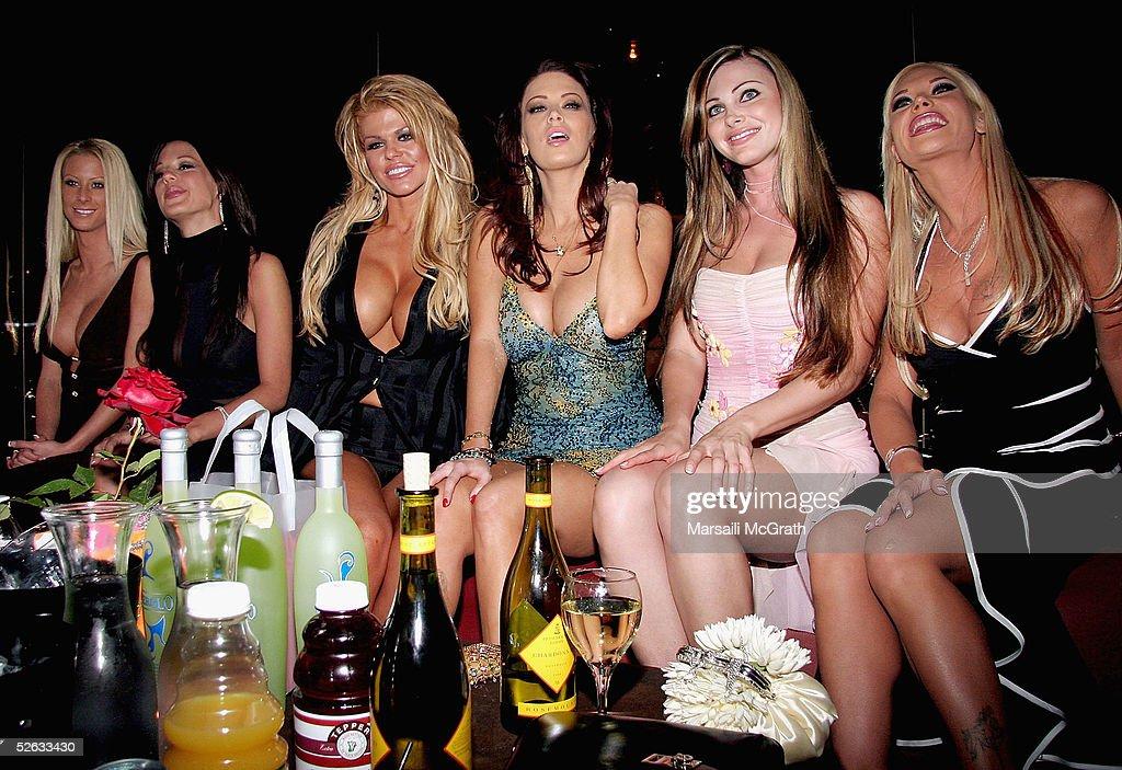 night club girls