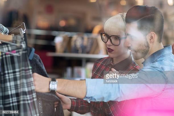 Porofessional Fashion stylist advises in shopping