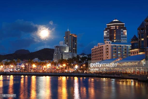 Port Louis bei Nacht
