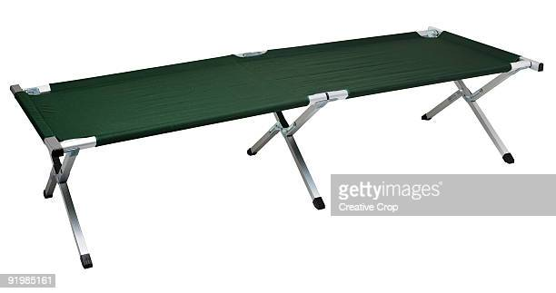 Portable camp bed