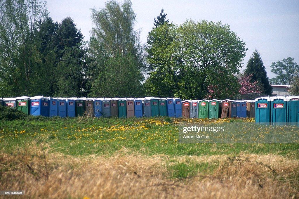 Porti potty graveland : Stock Photo
