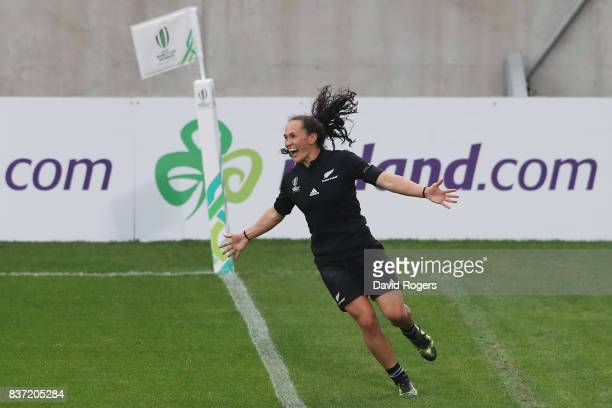 Portia Woodman of New Zealand celebrates after scoring her fourth try during the Women's Rugby World Cup 2017 Semi Final match between New Zealand...