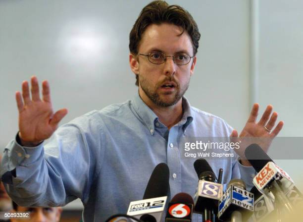 Portland lawyer Brandon Mayfield speaks at a press conference May 24 2004 in Portland Oregon Mayfield was exonerated of involvement in terrorist...