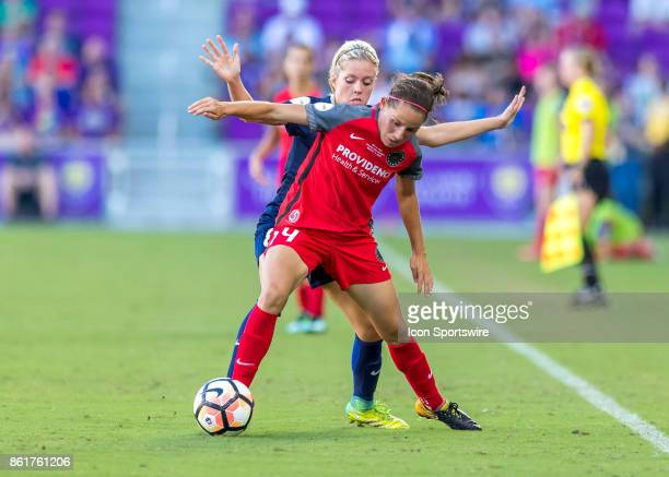 Portland Thorns FC forward Ashleigh Sykes looks to pass the ball during the NWSL soccer Championship match between the North Carolina Courage and...