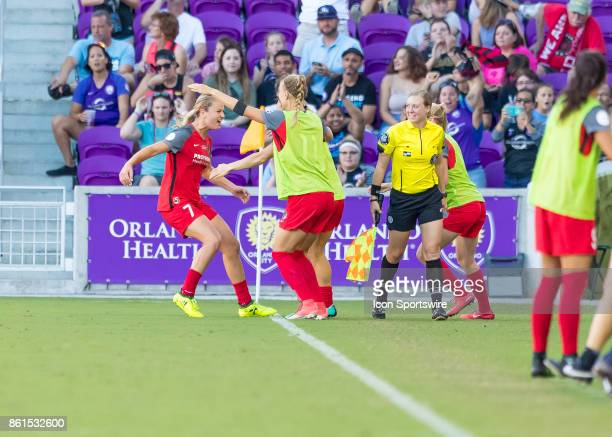 Portland Thorns FC midfielder Lindsey Horan celebrates the games only goal with her team mates during the NWSL soccer Championship match between the...