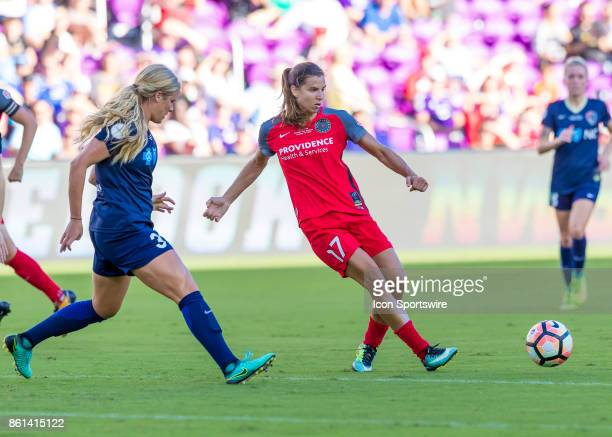 Portland Thorns FC midfielder Tobin Heath passes the ball during the NWSL soccer Championship match between the North Carolina Courage and Portland...