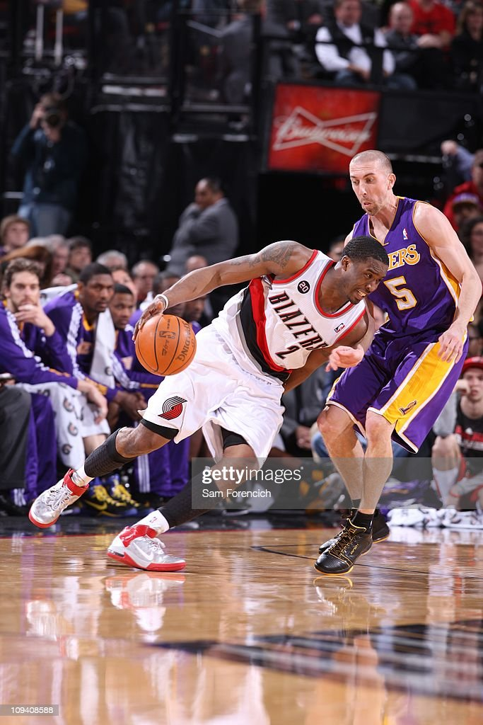 Portland Trail Blazers guard <a gi-track='captionPersonalityLinkClicked' href=/galleries/search?phrase=Wesley+Matthews+-+Basketball+Player&family=editorial&specificpeople=804816 ng-click='$event.stopPropagation()'>Wesley Matthews</a> #2 drives to the basket during a game against the Los Angeles Lakers on February 23, 2011 at the Rose Garden Arena in Portland, Oregon. The Lakers won 106-101.