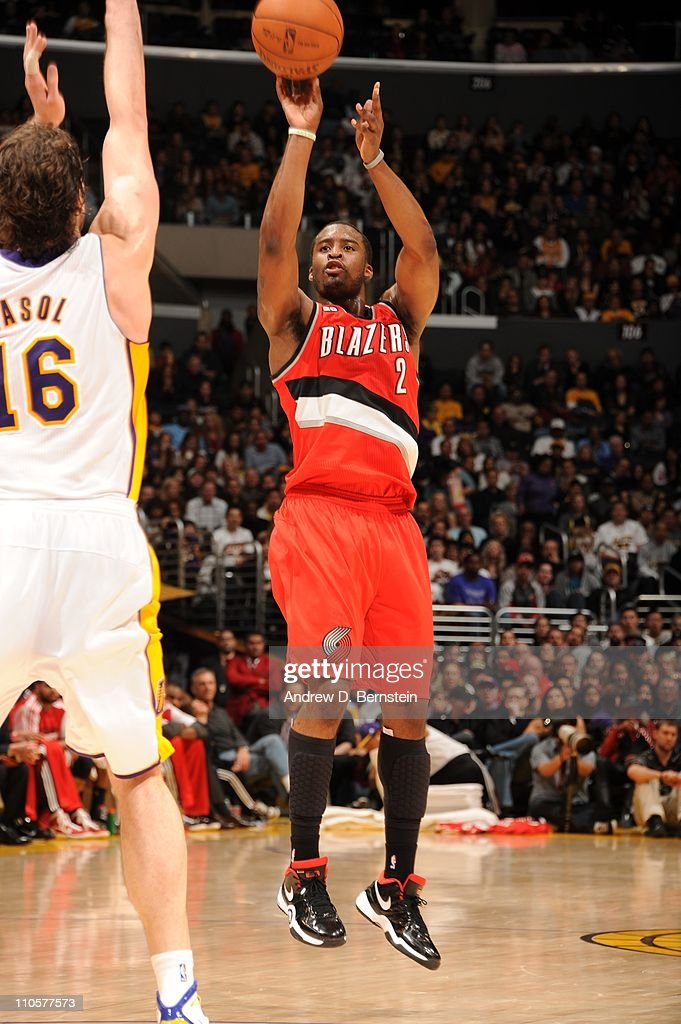 Portland Trail Blazers guard <a gi-track='captionPersonalityLinkClicked' href=/galleries/search?phrase=Wesley+Matthews+-+Basketball+Player&family=editorial&specificpeople=804816 ng-click='$event.stopPropagation()'>Wesley Matthews</a> #2 goes for a jump shot during the game against the Los Angeles Lakers at Staples Center on March 20, 2011 in Los Angeles, California. The Lakers won 84-80.