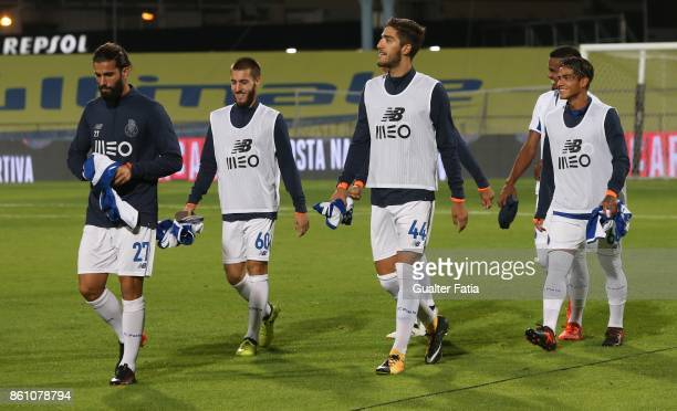 Porto before the start of the Portuguese Cup match between Lusitano Ginasio Clube and FC Porto at Estadio do Restelo on October 13 2017 in Lisbon...