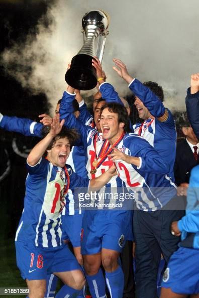 Porto celebrates their victory during the Toyota Cup between FC Porto and Once Caldas at Yokohama International stadium December 12 2004 in Yokohama...