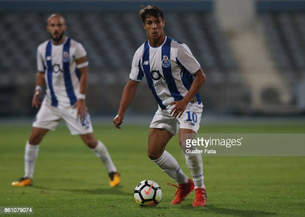Porto midfielder Oliver Torres from Spain in action during the Portuguese Cup match between Lusitano Ginasio Clube and FC Porto at Estadio do Restelo...