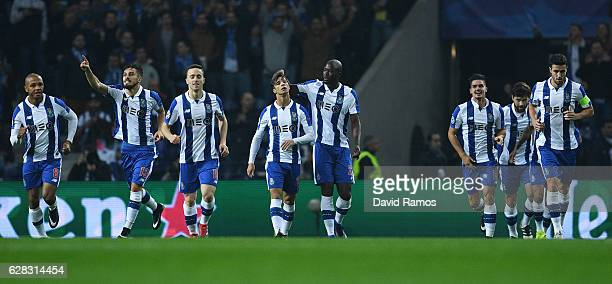 Porto players celebrate their sdies first goal scored by Andre Silva of FC Porto during the UEFA Champions League Group G match between FC Porto and...