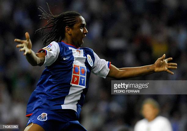 Porto's Brazilian Anderson Oliveira celebrates his opening goal against Nacional during their Portuguese Liga football match at Dragao Stadium in...