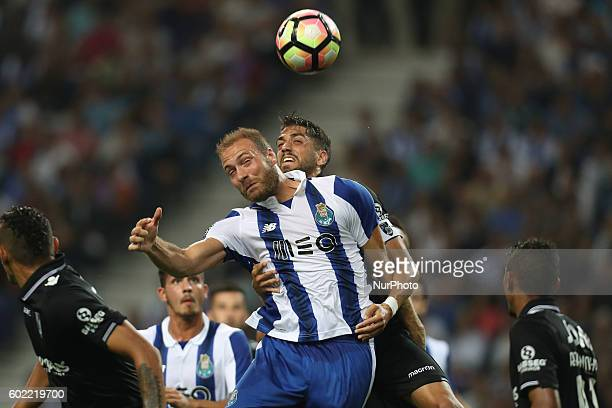 Porto's Belgian forward Laurent Depoitre in action during the Premier League 2016/17 match between FC Porto and Vitoria SC at Dragao Stadium in Porto...