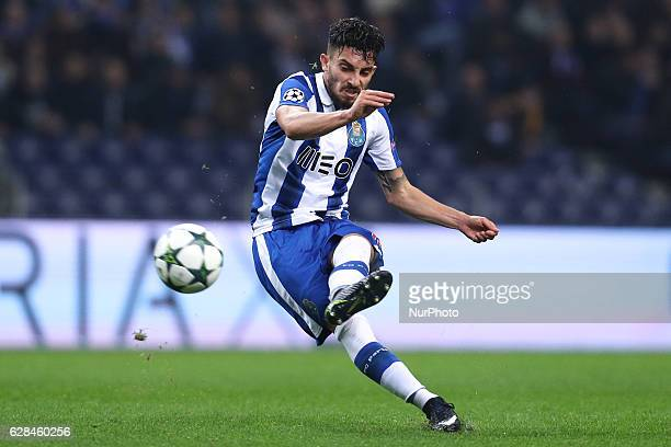 Porto's Brazilian defender Alex Telles in action during the UEFA Champions League Group G match between FC Porto and Leicester City FC at Dragao...