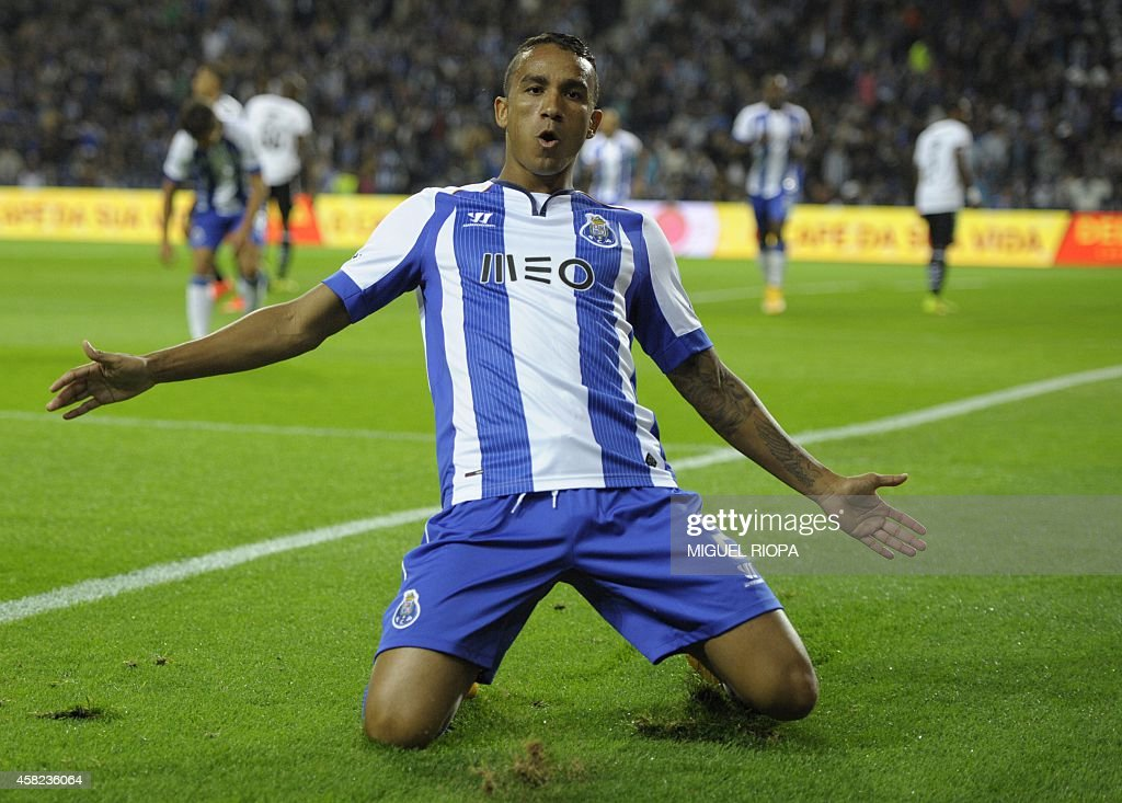 Porto's Brazilian defender Danilo celebrates after scoring during the Portuguese league football match FC Porto vs Nacional at the Dragao Stadium in...