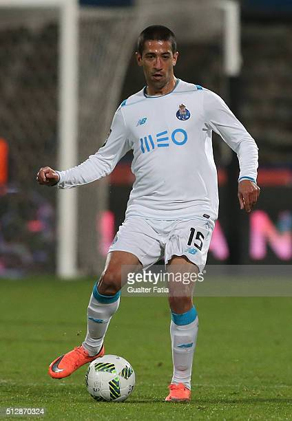 Porto's brazilian midfielder Evandro in action during the Primeira Liga match between Os Belenenses and FC Porto at Estadio do Restelo on February 28...