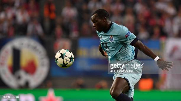 Porto's Cameroonian forward Aboubakar controls the ball during the UEFA Champions League group G football match RB Leipzig v FC Porto in Leipzig...