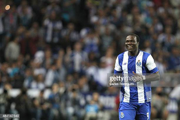 Porto's Cameroonian forward Vincent Aboubakar celebrating scoring Porto's goal during the match between FC Porto and Vitoria Guimaraes for the...