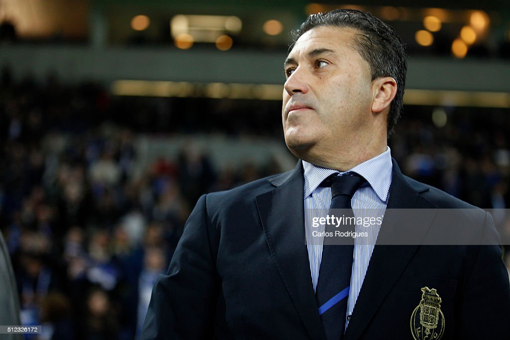 Porto's coach <a gi-track='captionPersonalityLinkClicked' href=/galleries/search?phrase=Jose+Peseiro&family=editorial&specificpeople=2204654 ng-click='$event.stopPropagation()'>Jose Peseiro</a> during the Champions League match between FC Porto and Borussia Dortmund for UEFA Europa League Round of 32: Second Leg at Estadio do Dragao on February, 2016 in Porto, Portugal.