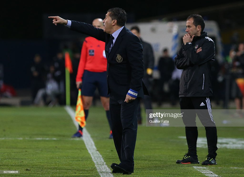 FC Porto's coach <a gi-track='captionPersonalityLinkClicked' href=/galleries/search?phrase=Jose+Peseiro&family=editorial&specificpeople=2204654 ng-click='$event.stopPropagation()'>Jose Peseiro</a> in action during the Primeira Liga match between GD Estoril Praia and FC Porto at Estadio Antonio Coimbra da Mota on January 30, 2016 in Estoril, Portugal.