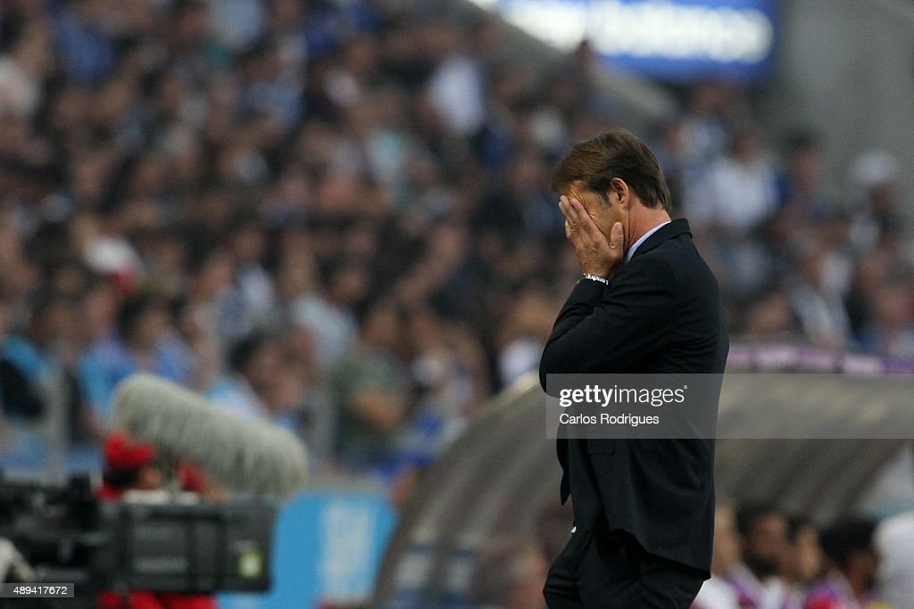 Porto's coach Julen Lopetegui reacts during the match between FC Porto and SL Benfica for the Portuguese Primeira Liga at Estadio do Dragao on September 20, 2015 in Porto, Portugal.