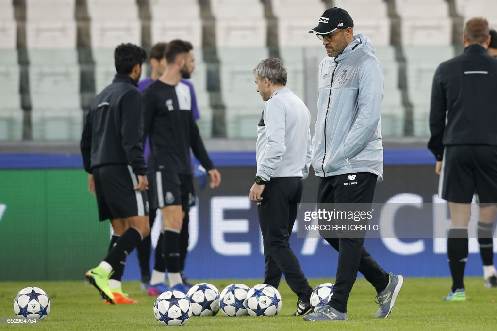 Porto's coach Nuno Espirito Santo from Portugal takes part in a training session on the eve of the UEFA Champions League football match Juventus Vs FC Porto on March 13, 2017 at the 'Juventus Stadium' in Turin. / AFP PHOTO / Marco BERTORELLO