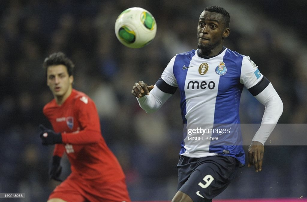 Porto's Colombian forward Jackson Martinez (R) eyes the ball during the Portuguese league football match FC Porto vs Gil Vicente at the Dragao Stadium in Porto on January 28, 2013.