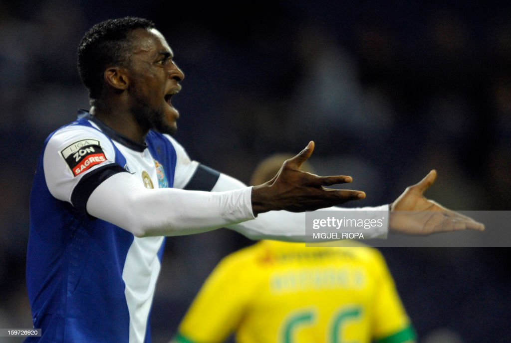 Porto's Colombian forward Jackson Martinez reacts during the Portuguese league football match FC Porto vs Pacos Ferreira at the Dragao stadium in Porto on January 19, 2013.