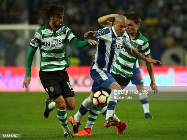 PortoÕs defender from Uruguay Maxi Pereira with Sporting CPÕs forward Bryan Ruiz from Costa Rica and Sporting CPÕs midfielder Joao Palhinha from...