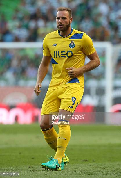 Porto's forward from Belgium Laurent Depoitre in action during the Primeira Liga match between Sporting CP and FC Porto at Estadio Jose Alvalade on...