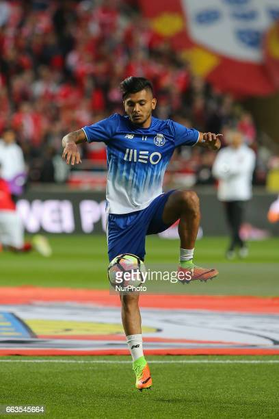 FC Portos forward Jesus Corona from Mexico during warm up match between SL Benfica v FC Porto at Luz Stadium in Lisbon on April 1 2017