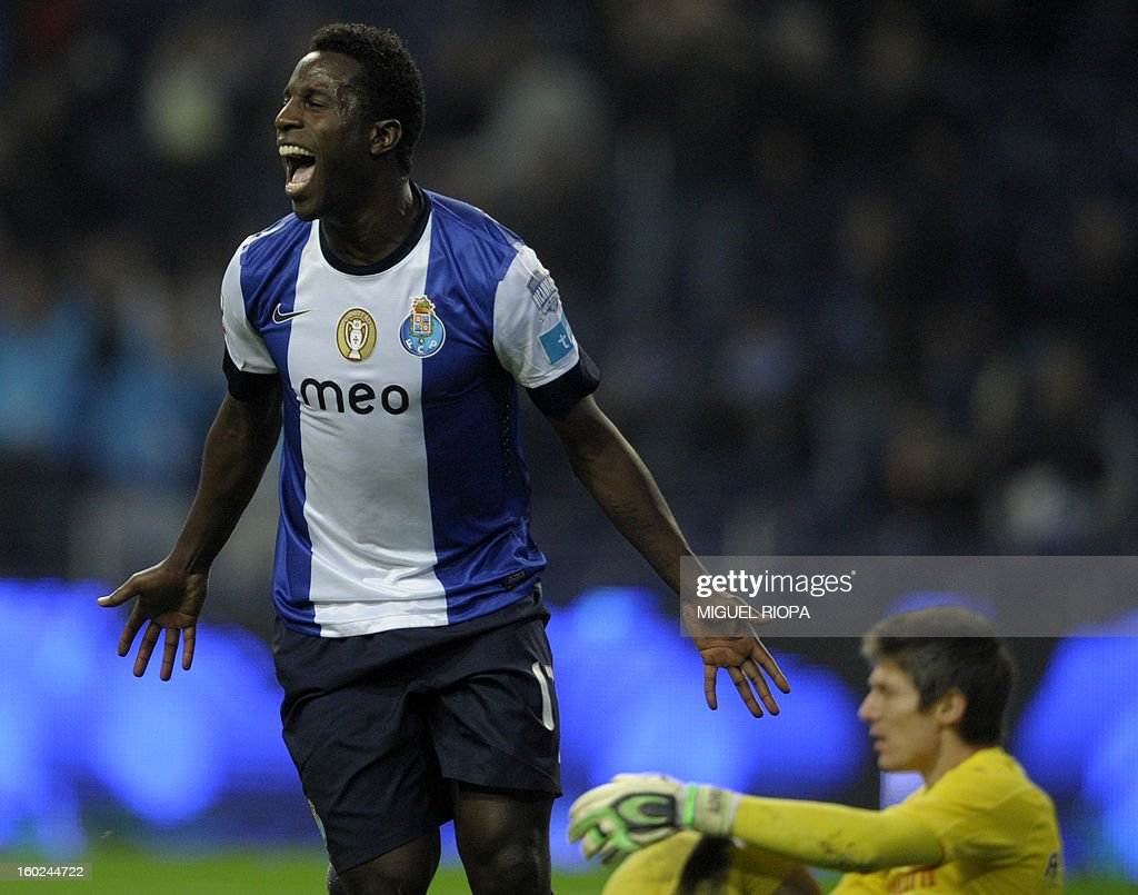 Porto's forward Silvestre Varela celebrates after scoring during the Portuguese league football match FC Porto vs Gil Vicente at the Dragao Stadium in Porto on January 28, 2013. AFP PHOTO/ MIGUEL RIOPA