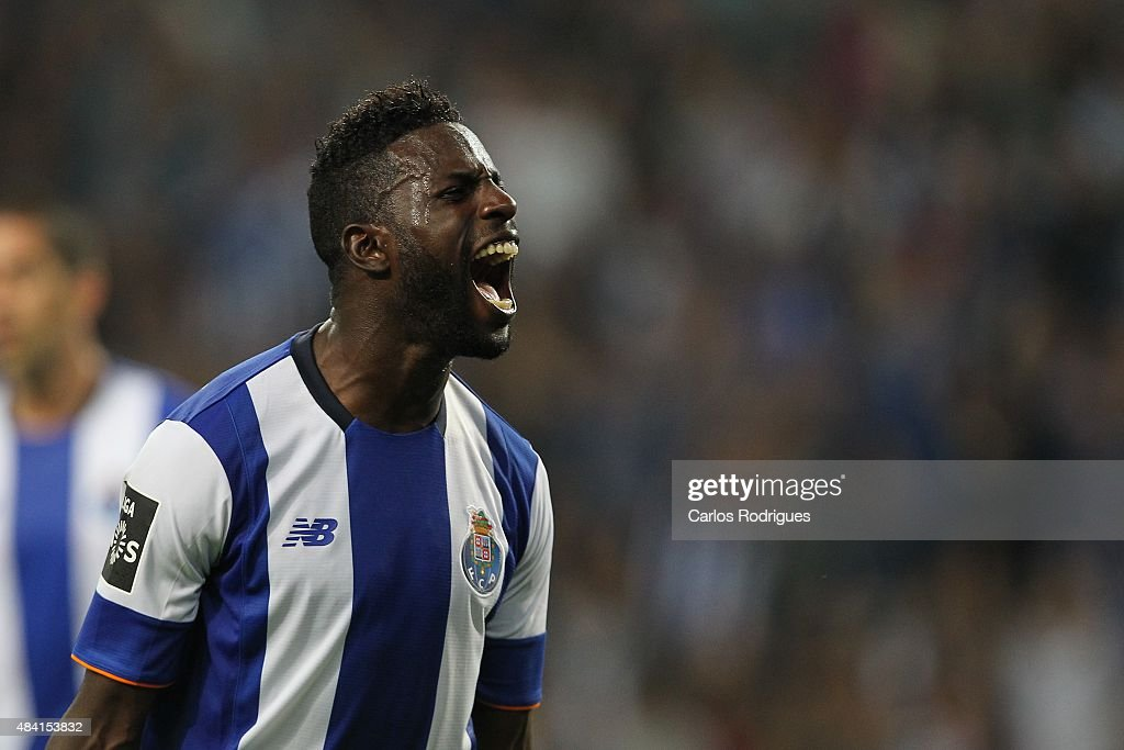 Porto's forward <a gi-track='captionPersonalityLinkClicked' href=/galleries/search?phrase=Silvestre+Varela&family=editorial&specificpeople=607288 ng-click='$event.stopPropagation()'>Silvestre Varela</a> celebrating scoring Porto«s goal during the match between FC Porto and Vitoria Guimaraes for the Portuguese Primeira Liga at Estadio do Dragao on August 15, 2015 in Porto, Portugal.