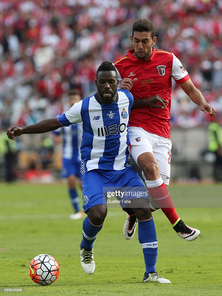 FC Porto's forward Silvestre Varela (L) with SC Braga's forward Ahmaed Hassan (R) in action during the Portuguese Cup Final match between FC Porto and SC Braga at Estadio Nacional on May 22, 2016 in Lisbon, Portugal.
