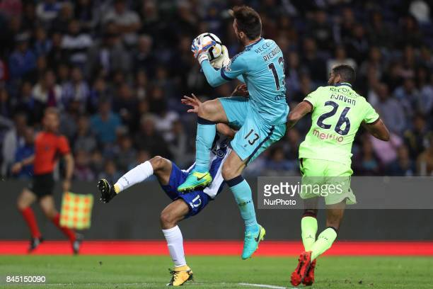 Porto's Mexican forward Jesus Corona vies with Chaves Portuguese goalkeeper Ricardo Nunes and Chaves Brazilian defender Djavan during the Premier...