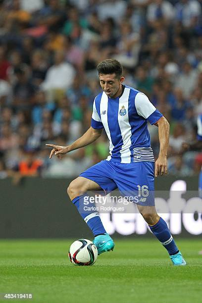 Porto's Mexican midfielder Hector Herrera during the preseason friendly between FC Porto and Napoli at Estadio do Dragao on August 8 2015 in Porto...