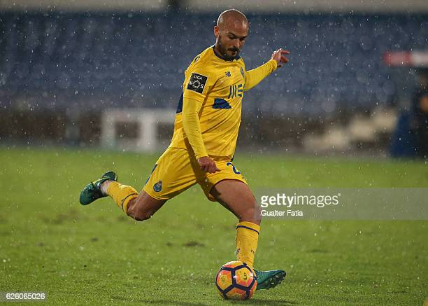 Porto's midfielder Andre Andre in action during the Primeira Liga match between Os Belenenses and FC Porto at Estadio do Restelo on November 26 2016...