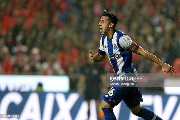 Porto's midfielder Hector Herrera celebrates scoring Porto's goal during the match between SL Benfica and FC Porto for the portuguese Primeira Liga...