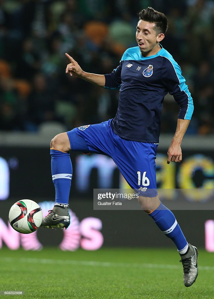 FC Porto's midfielder Hector Herrera in action during warm up for the Primeira Liga match between Sporting CP and FC Porto at Estadio Jose Alvalade on January 2, 2016 in Lisbon, Portugal.